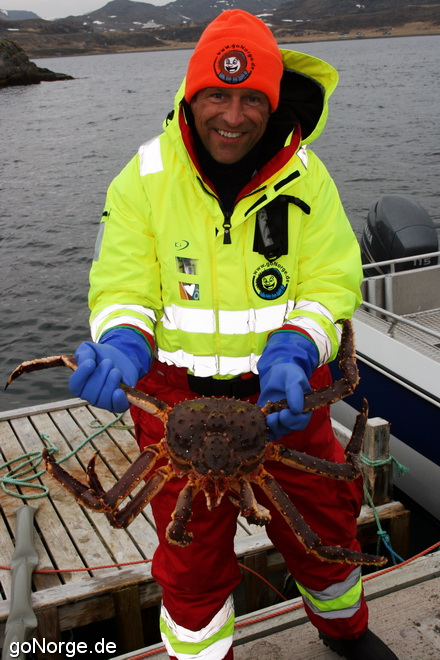 Thomas mit Kamtschatka Krabbe / king crab
